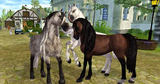 Horses Exploring the City in Star Stable
